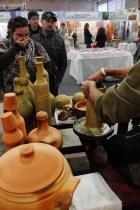 A arte dos oleiros deslumbra o público. Festival da Tainha 2013.